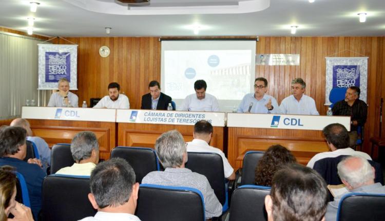 A posse da diretoria executiva e dos conselhos deliberativos e fiscal (Fotos: Jorge Maravilha/ PMT)