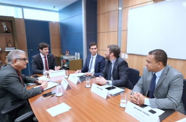 Encontro com Marcelo Álvaro Antônio foi intermediado pelo deputado federal Luiz Lima e seu chefe de gabinete Welbert Pedro (Fotos:Divulgação)