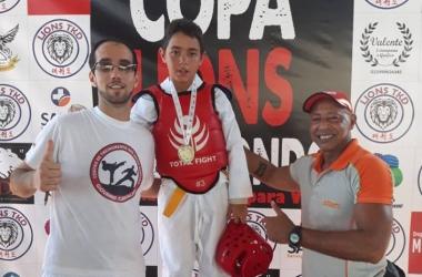 Jovens atletas e também os professores foram premiados com as conquistas obtidas na Copa