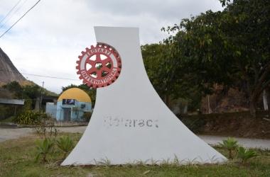 O monumento sem o letreiro (Foto: Henrique Pinheiro)