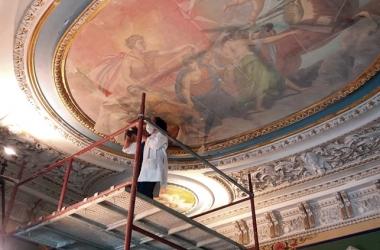 A restauração do teto do Chalet (Foto: Fernando Moreira)