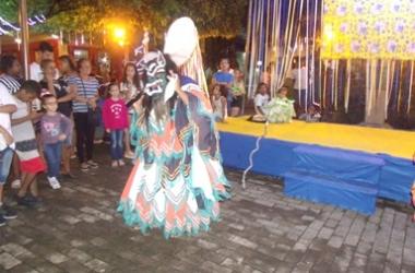 A festa na região (AVS)