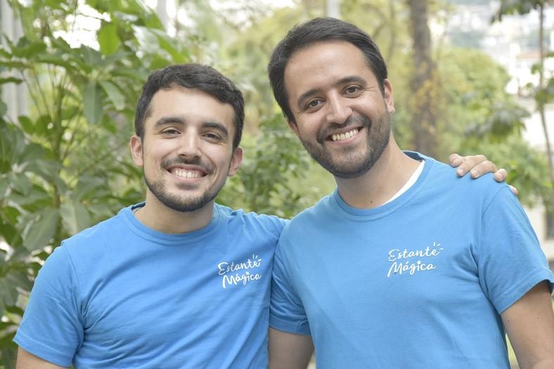 Pedro Concy e Robson Melo, os criadores da Estante Mágica