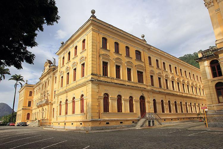 O Colégio Anchieta é uma das instituições centenárias de Nova Friburgo (Arquivo AVS)