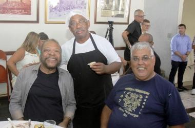O bibarrense Martinho da Vila iniciou as comemorações do seu aniversário prestigiando o evento na Campesina