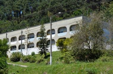 O Cipe na Via Expressa onde funciona o Cederj (Arquivo AVS)