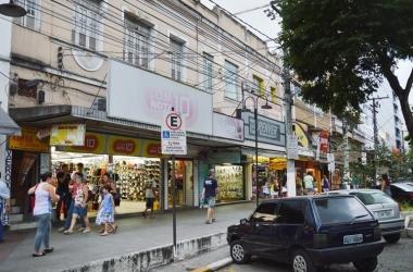 Aparecida: lojas de Friburgo podem abrir no feriado deste sábado