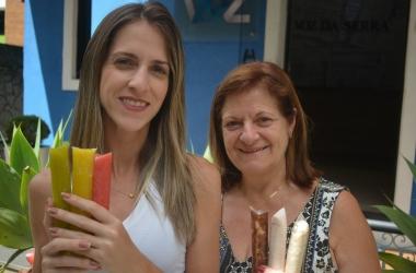 Izabela e sua mãe Marinete com os sacolés Granular (Fotos:  Alan Andrade)