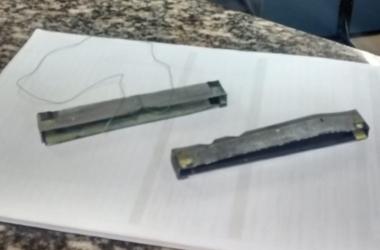 Os dispositivos usados para furtar envelopes de depósitos encontrados no Bradesco da Praça Dermeval (Foto: 11 BPM)