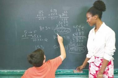 Escolas de Friburgo aderem a paralisação de 24 horas nesta quarta