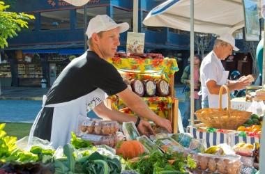 Feira orgânica no Suspiro (Foto: Regina Lo Bianco)