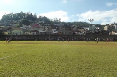 Jogos serão disputados no Campo do Serrano