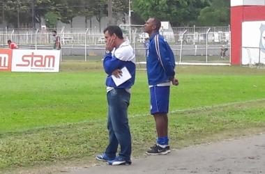 O técnico Merica numa das partidas finais