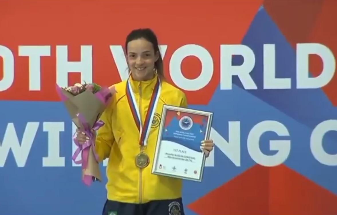 Nadadora friburguense volta do Mundial Militar na Rússia com mais um ouro