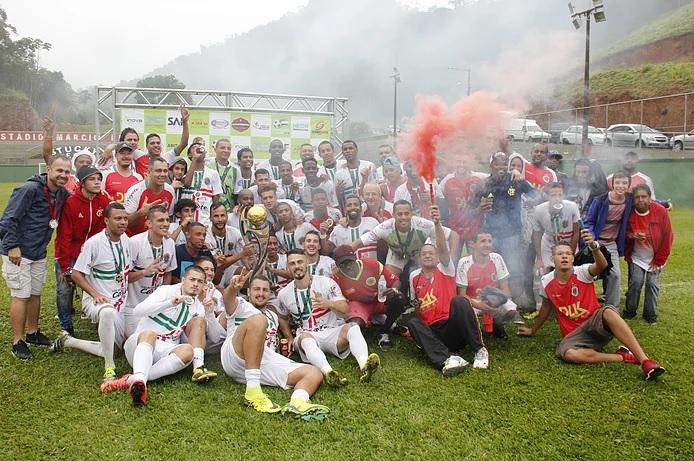 Unidos do Alto festeja mais um título do futebol amador municipal