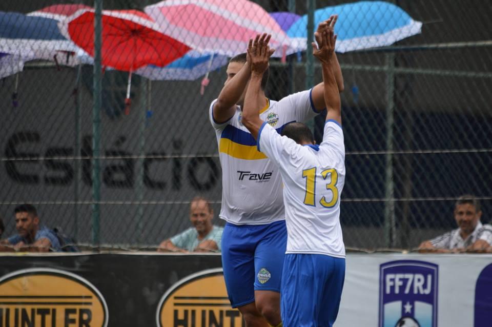 A comemoração de mais um gol: equipe se reabilita da derrota na rodada anterior