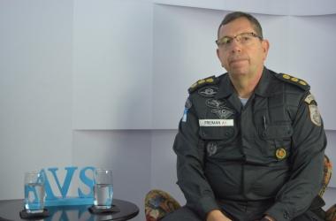 O coronel Freiman em entrevista recente em A VOZ DA SERRA (Arquivo AVS/ Henrique Pinheiro)
