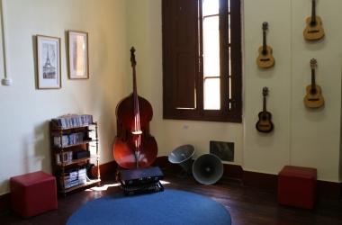 Sala de música: preciosidade do colégio (Divulgação)