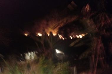 Incêndio em mata em Varginha (Foto de leitora)