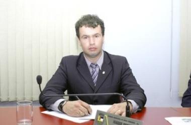 O vereador Isque Demani, autor da lei (Arquivo AVS)