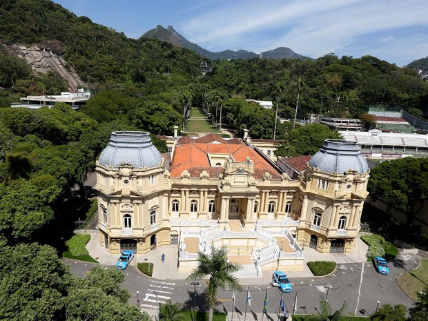 O Palácio Guanabara, sede do governo do estado