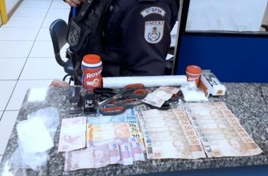 Após o registro do flagrante, a droga foi encaminhada para perícia na Polícia Civil em Nova Friburgo