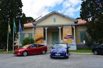 O Chalet e um dos Toyota Prius sorteados no sábado (Arquivo AVS)