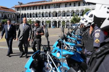 A cerimônia de entrega das novas viaturas teve a presença do governador Wilson Witzel (Divulgação PMRJ/ Phillipe Lima)