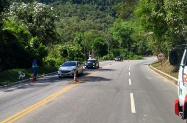 Operadores atuam na sinalização do trânsito (Divulgação: Rota 116)