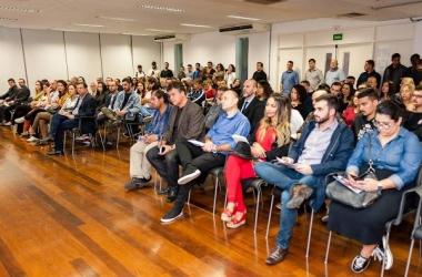 O público presente ao lançamento