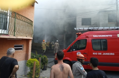 O combate ao incêndio (Fotos de leitores)